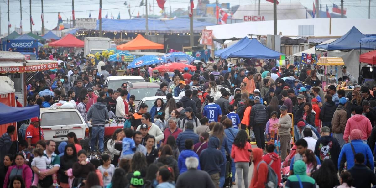 Primera jornada de la celebración en la Pampilla congregó sobre 100 mil personas