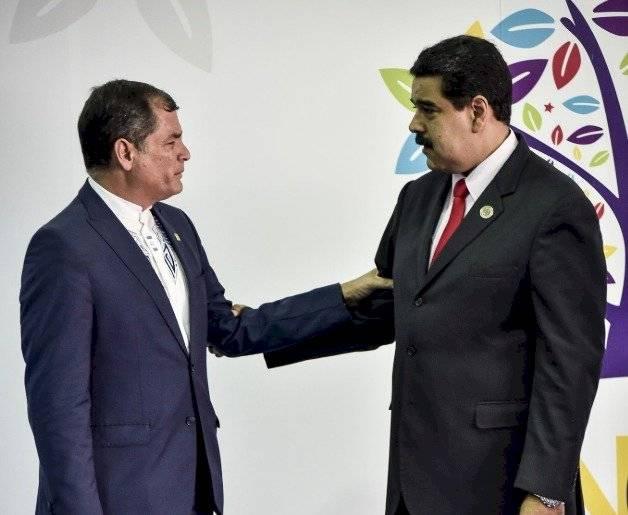 Expresidente de Ecuador, Rafael Correa y el presidente de Venezuela, Nicolás Maduro