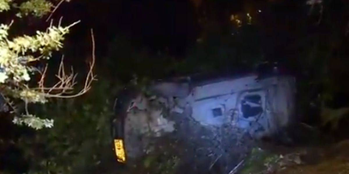 Pareja se salvó tras aparatoso accidente sobre la Av. Circunvalar en Bogotá