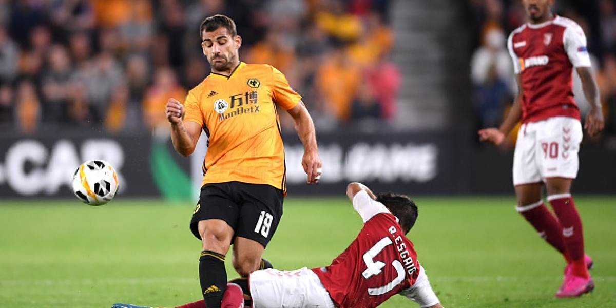 Wolverhampton, de Raúl Jiménez, sufre derrota en Europa League