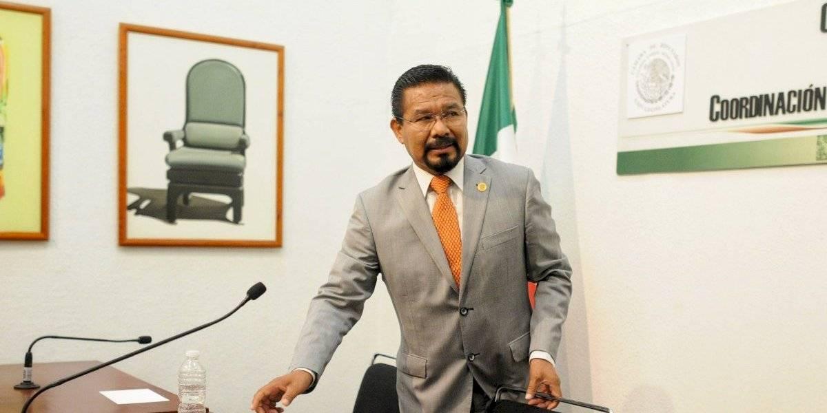 Ex diputado Charrez inicia huelga de hambre en la cárcel
