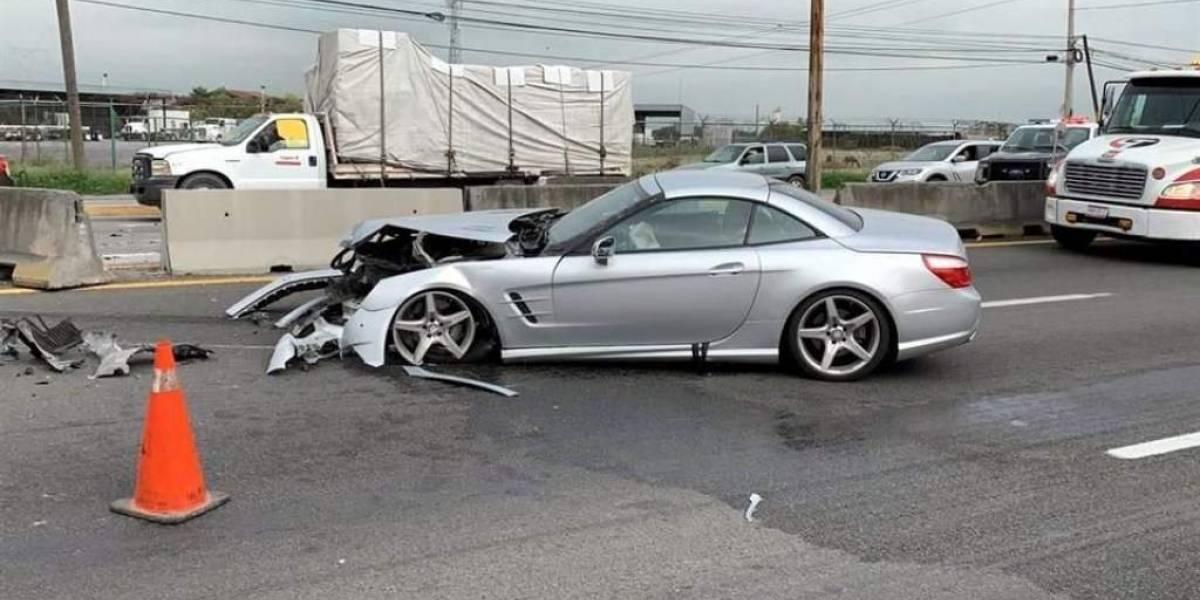 "FOTOS. ""El Tuca"" Ferretti sufre aparatoso accidente en su lujoso auto"