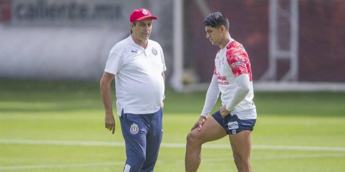 Alan Pulido confía en que las victorias llegarán a Chivas