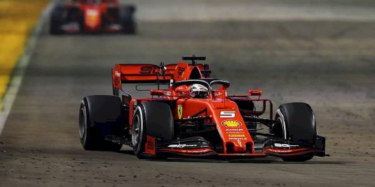 Sebastian Vettel se corona en Singapur, 'Checo' Pérez no logró terminar la carrera