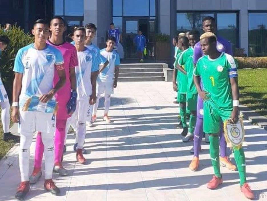 Foto Fedefut | La selección guatemalteca cayó ante los senegaleses 0-3 en su primer partido en el torneo invitacional.