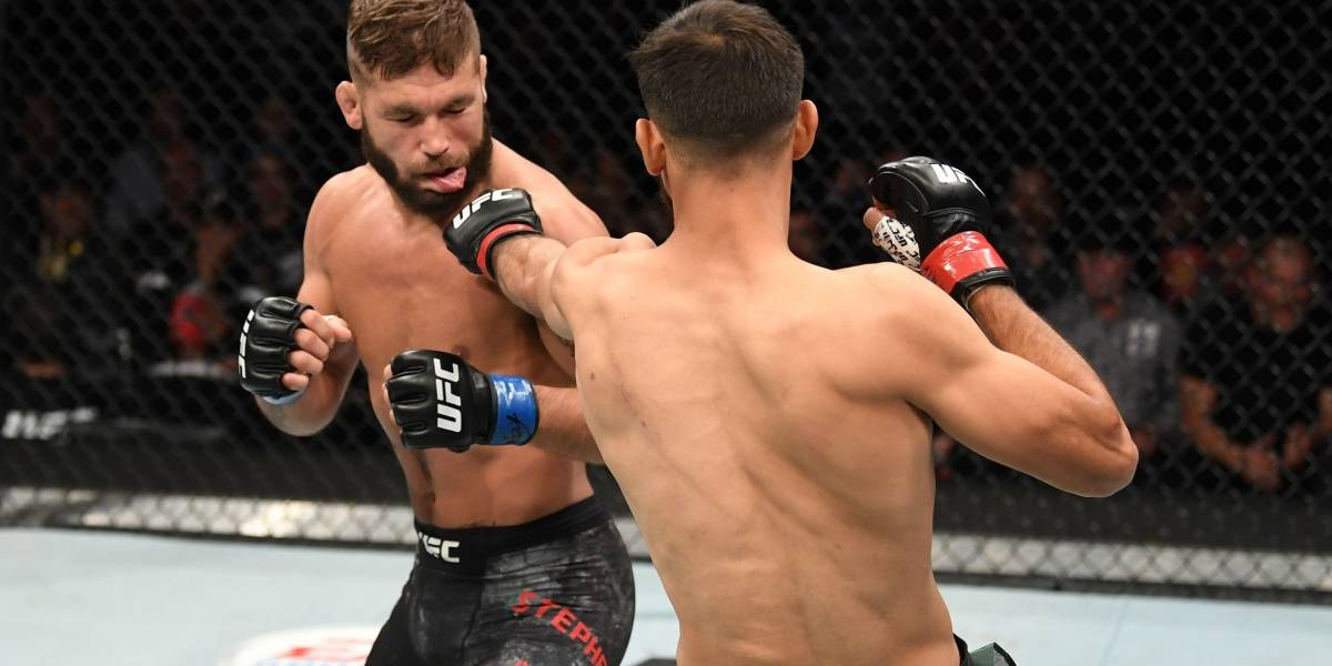 Afición sale molesta con peleadores de la UFC en la Arena CDMX