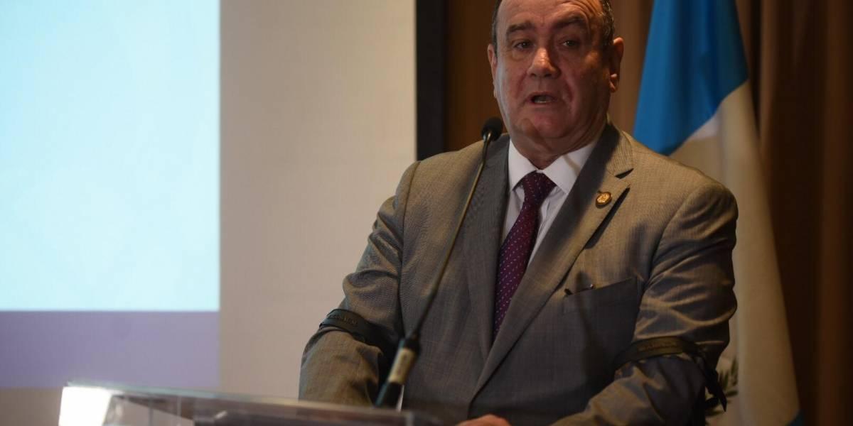 Giammattei dispuesto a corregir decisiones del presidente Morales