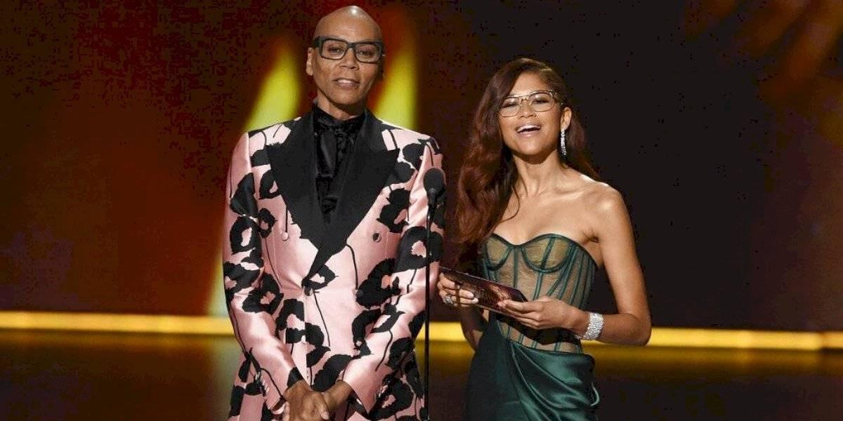 Zendaya deslumbra con su vestido en los premios Emmy 2019