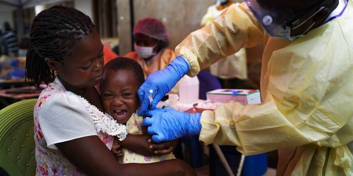 El Congo autoriza el uso de una segunda vacuna contra el ébola