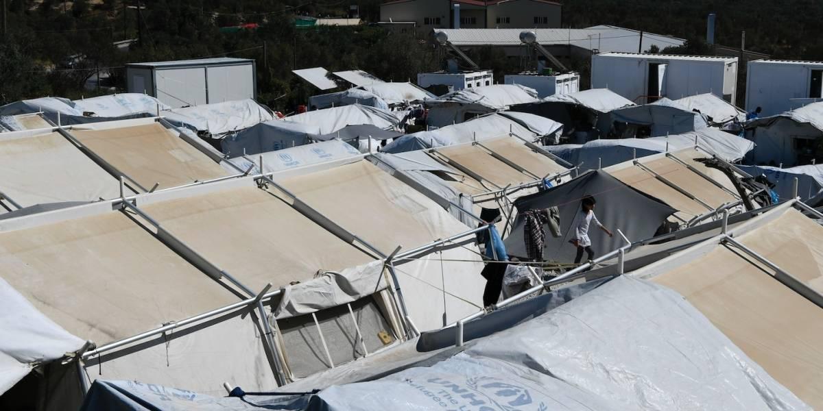 Grecia reabre parcialmente campo de refugiados sobresaturado