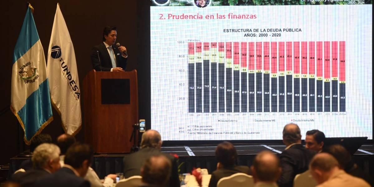 Finanzas defiende aprobación de alianzas público-privadas