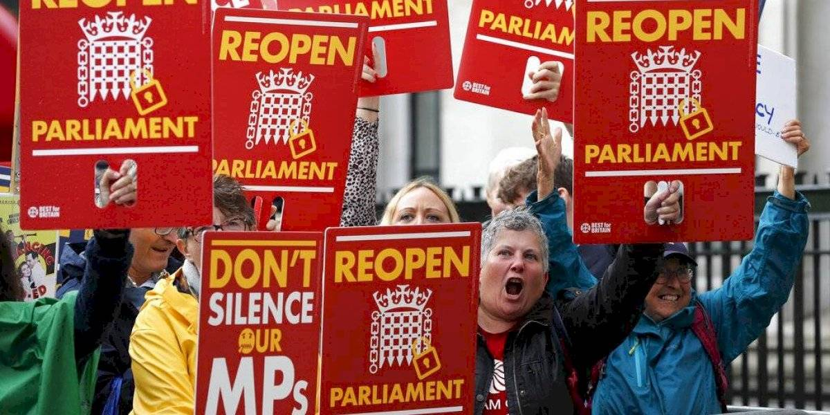 Tras ser declarada ilegal su suspensión: Parlamento británico reanuda este miércoles sus sesiones y oposición pide la renuncia de Boris Johnson