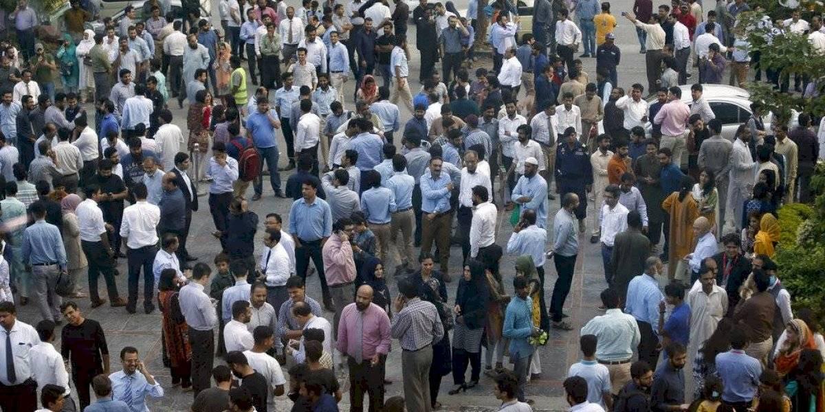 Fuerte sismo en Pakistán deja más de 20 muertos y cientos de heridos