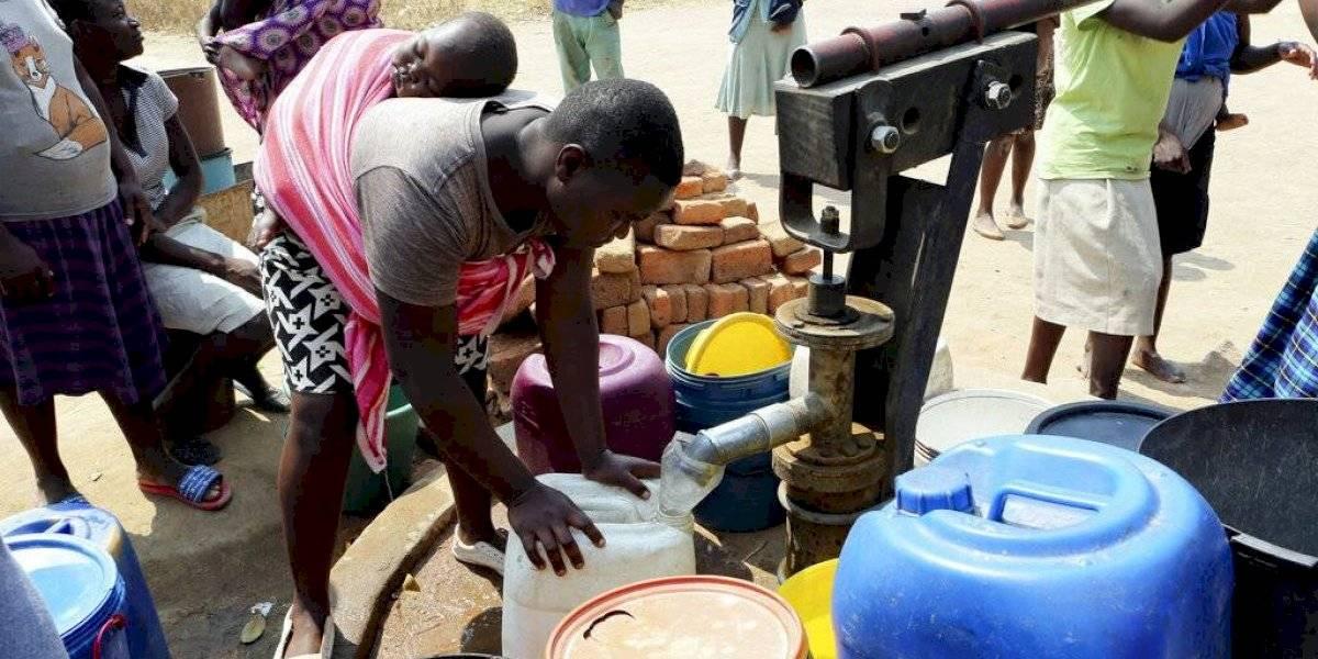 La capital de Zimbabue se quedó sin agua