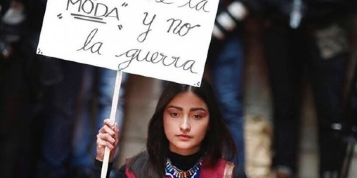 """""""Queremos que la moda construya la paz """": La marca de ropa hecha por excombatientes de las Farc"""