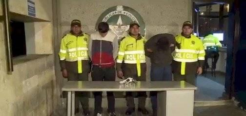 Tres hombres se metieron a una casa para robar una camioneta en Bogotá
