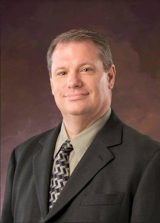 Paul Cwik, profesor de economía y finanzas en la Universidad de Mount Olive, EE. UU.