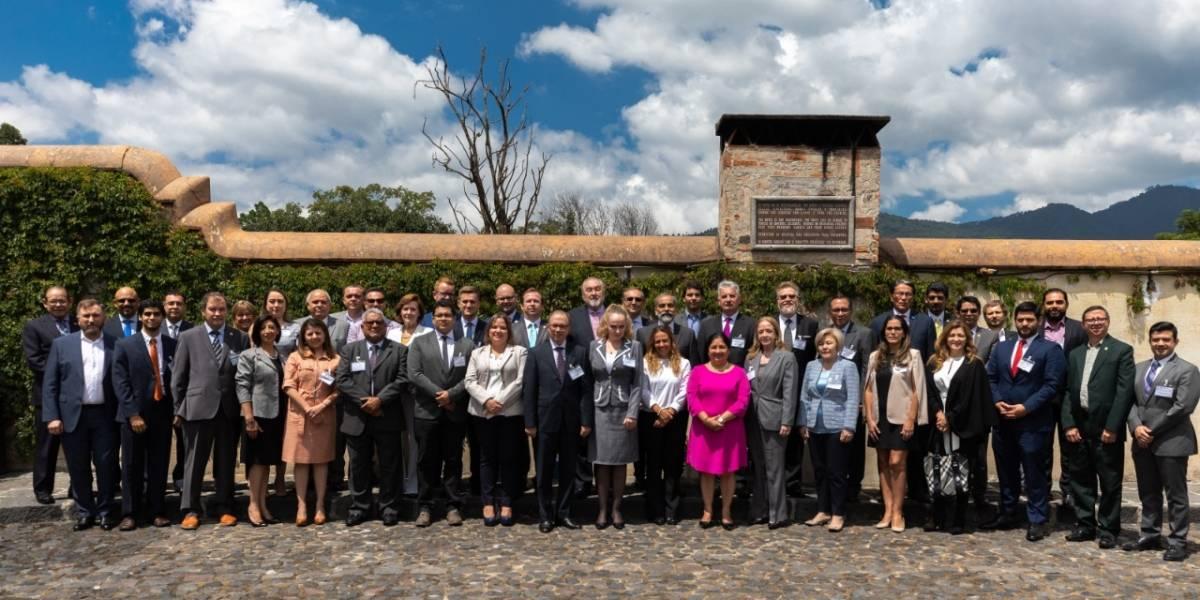 Eurasia y Latinoamérica analizan en Guatemala posibles alianzas comerciales