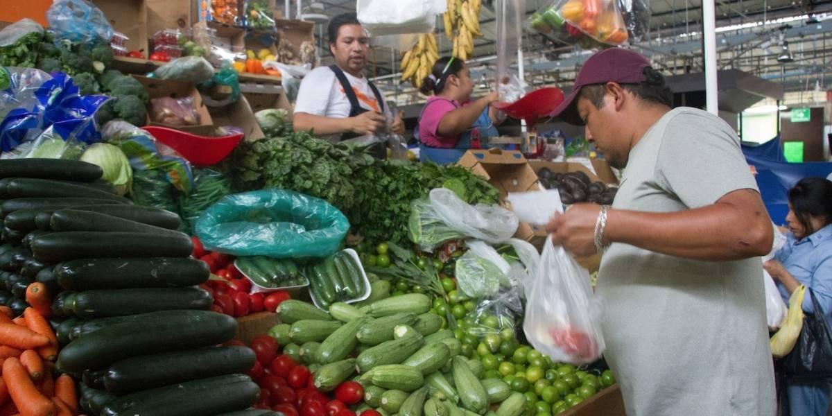 Inflación toca mínimo de 2.99%, pero es reflejo del estancamiento económico