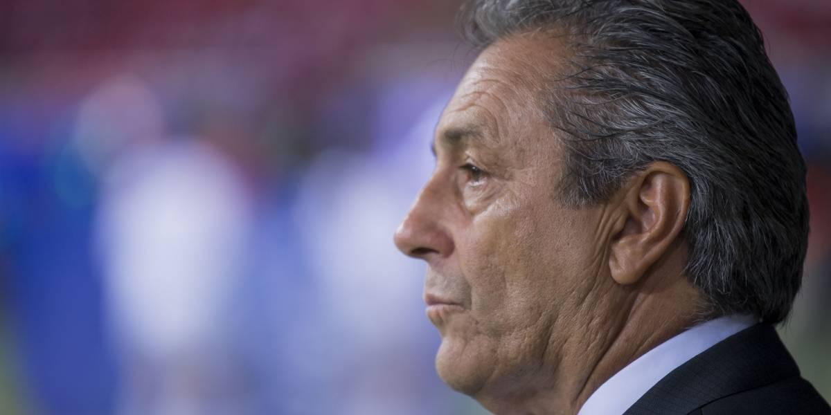 Tomás Boy sigue al frente de Chivas... por ahora