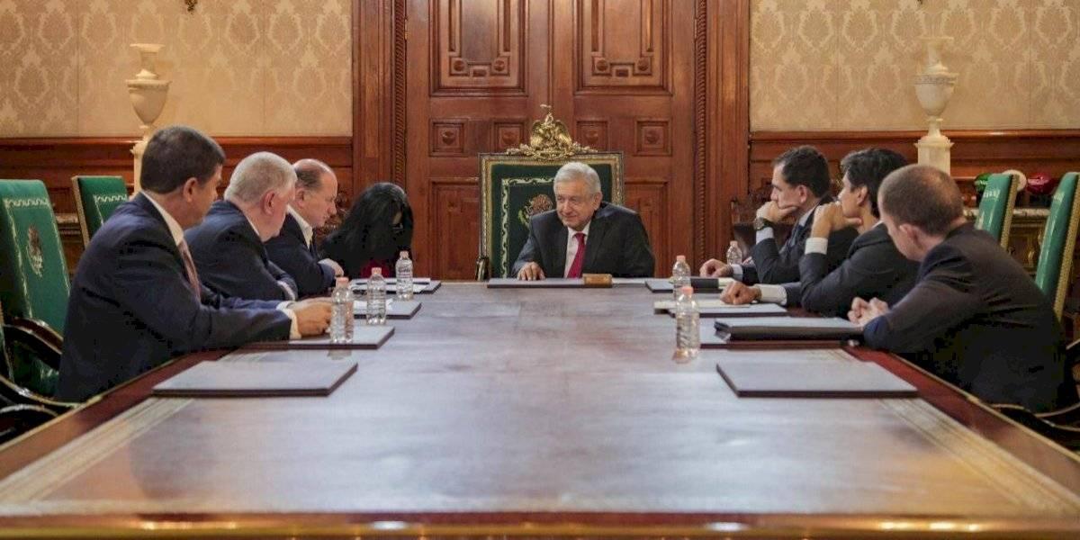 Se reúne AMLO con directivos de HSBC en Palacio Nacional