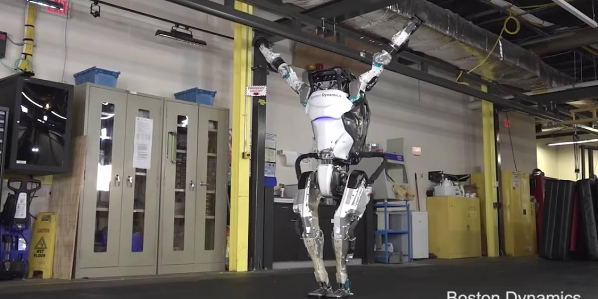 """Más ágil que muchos de nosotros: la impactante evolución del robot que ahora puede ejecutar complejas piruetas """"humanas"""""""