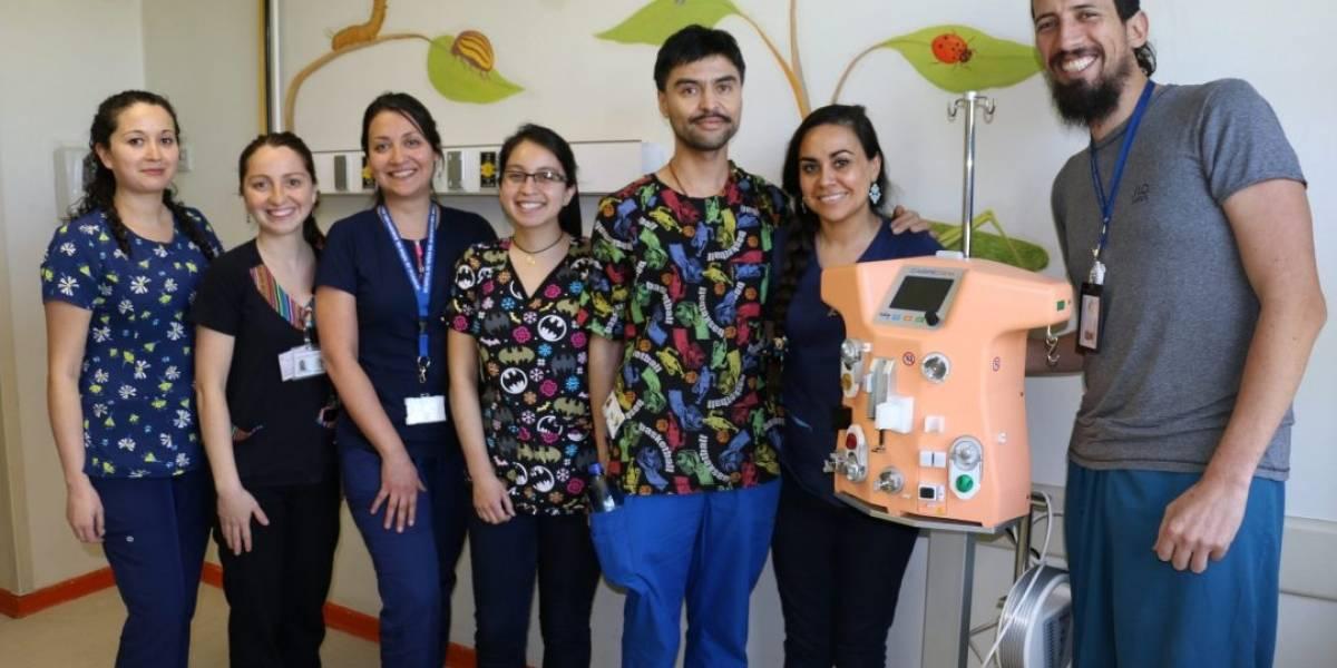 Pioneros en Latinoamérica: Hospital Roberto del Río utiliza equipo con tecnología en miniatura para dializar a un lactante