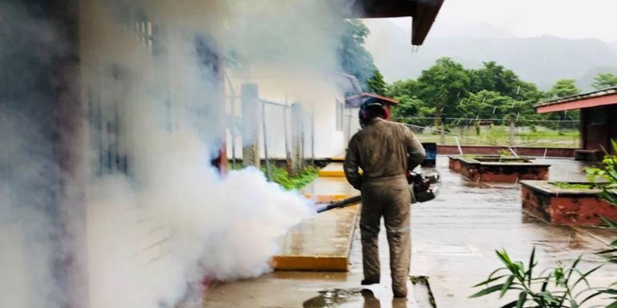 Dengue tendrá impactos políticos, piden renuncias de funcionarios