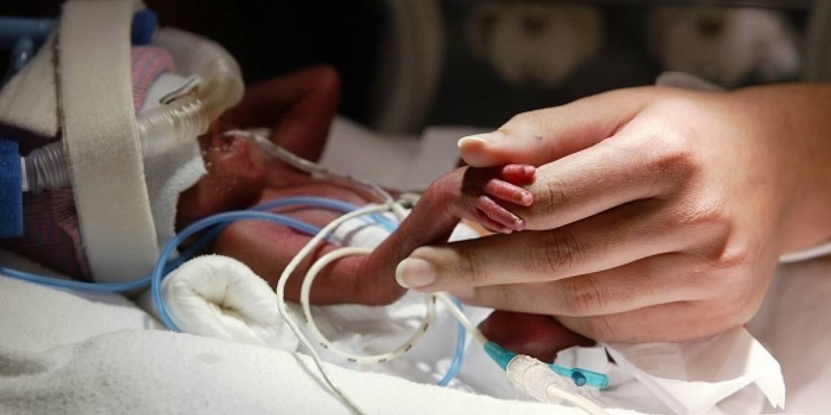 """""""No lo puedo superar"""": recién nacido falleció congelado en la morgue después de ser declarado muerto por error"""