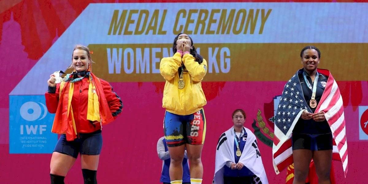 ¡Leidy Solís consigue dos oros para Colombia en el campeonato de pesas!