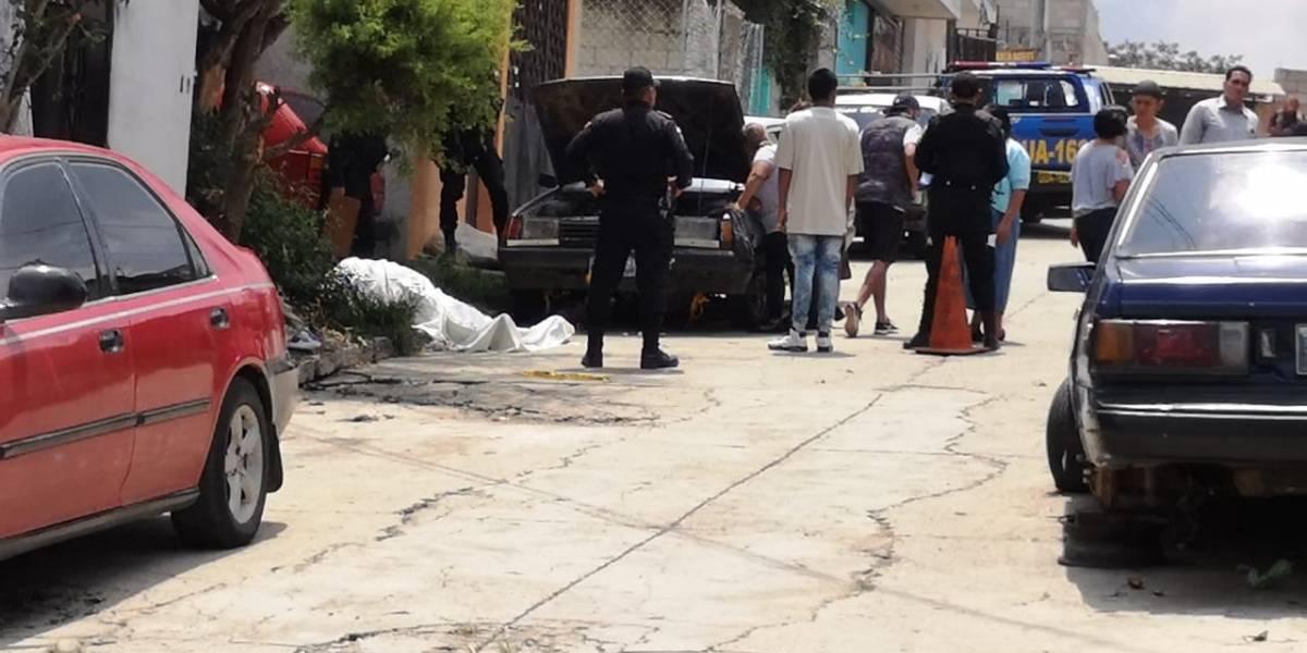 Matan a mecánico mientras reparaba vehículo en Chinautla