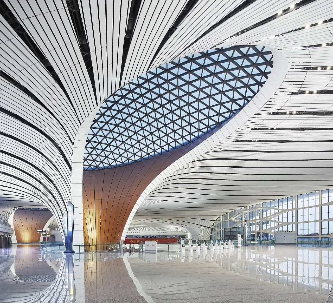 Pekín-Daxing: el aeropuerto con terminal única más grande del mundo inició operaciones