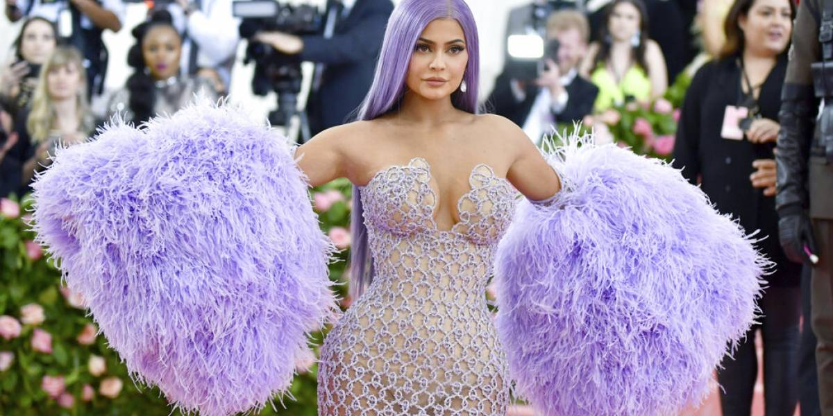 Hospitalizan a Kylie Jenner previo a la Semana de la Moda