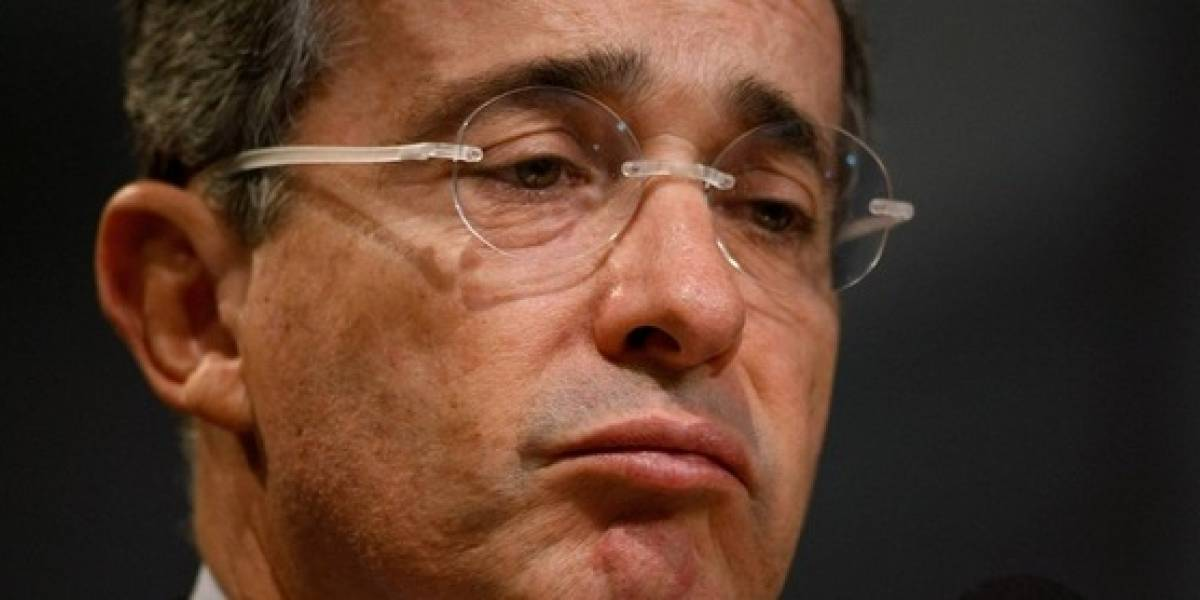 Uribe explica el trino por el que le suspendieron la cuenta y dejó de tuitear