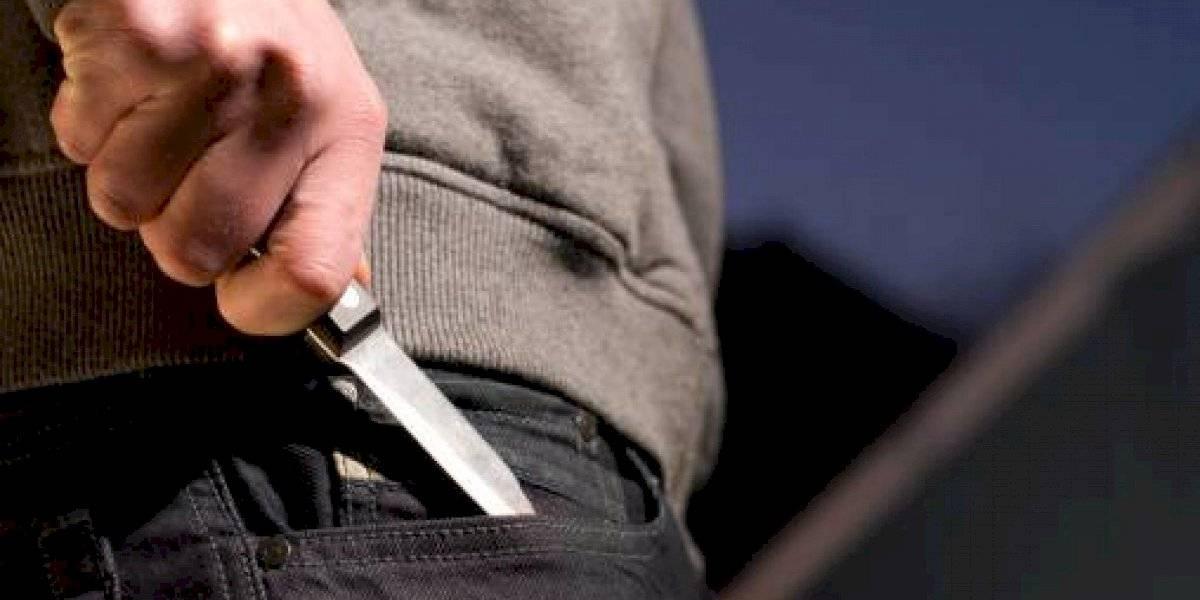 Guayaquil: ladrones roban a conductor de bus usando cuchillos
