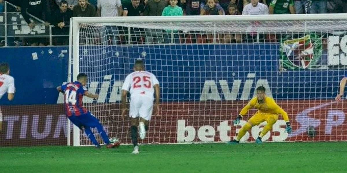 Fabian Orellana se viste de figura y comanda el triunfazo del Eibar sobre Sevilla en la Liga española