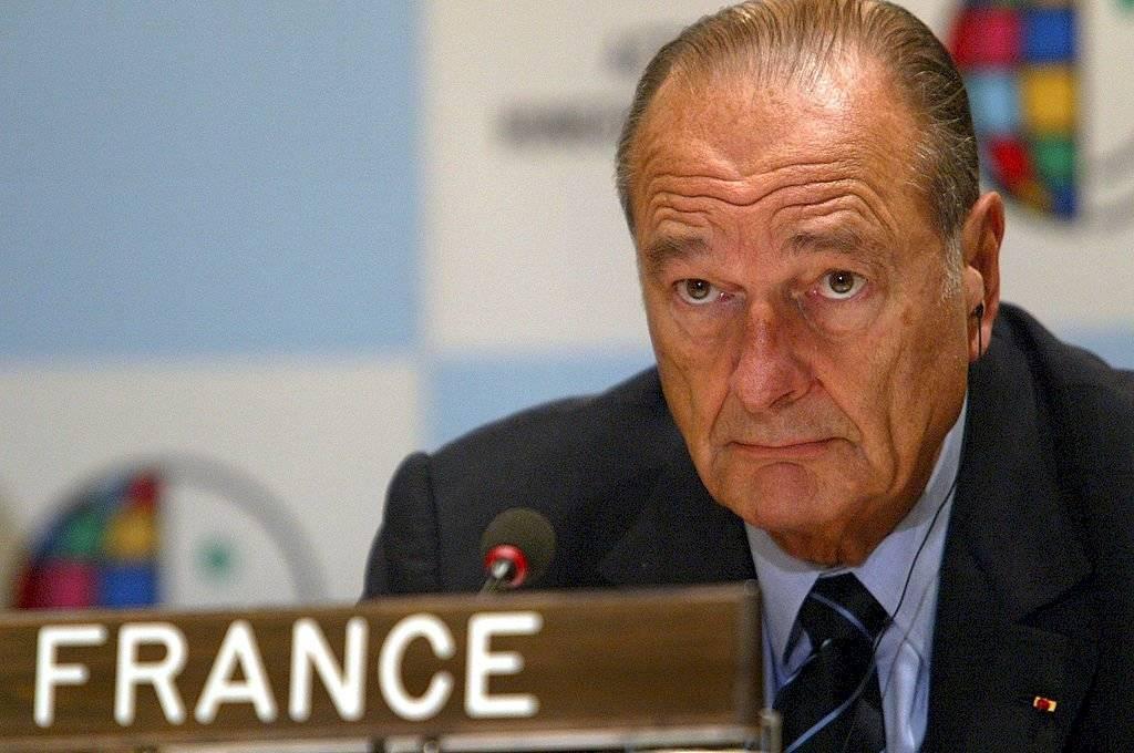 """Le sobreviven su esposa, Bernadette, y su hija menor, Claude. Su hija Laurence murió en 2016 tras una larga enfermedad que Chirac describió como """"la tragedia de mi vida""""."""