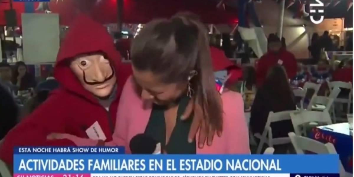 """Periodista de Chilevisión sobre acoso sufrido en pantalla en Fiestas Patrias: """"Todas y todos merecemos respeto"""""""
