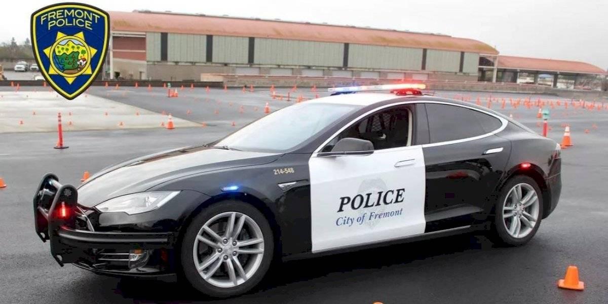 Era una patrulla eléctrica: delincuente logra escapar tras fallida persecución luego que auto policial quedara sin batería