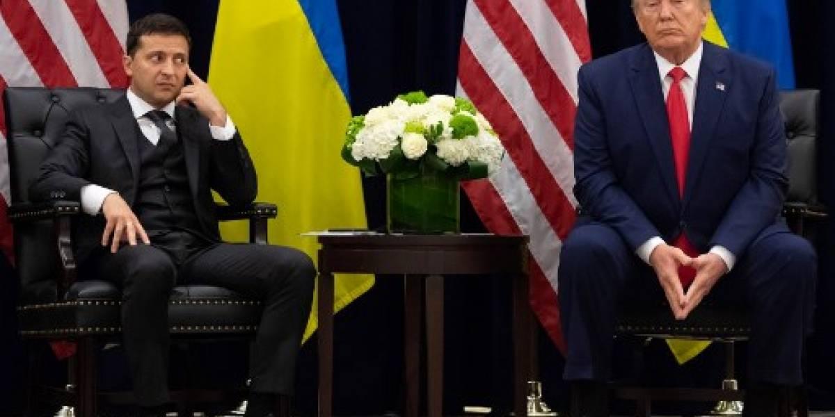 Trump intentó esconder su llamada con líder ucraniano, según denunciante