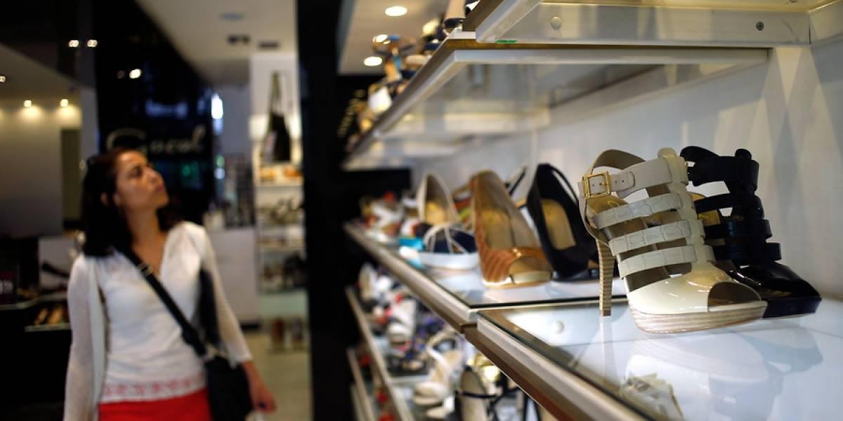¿Golondrina o tendencia? Agosto registra un alza en las ventas del comercio en la RM luego de 13 meses en rojo