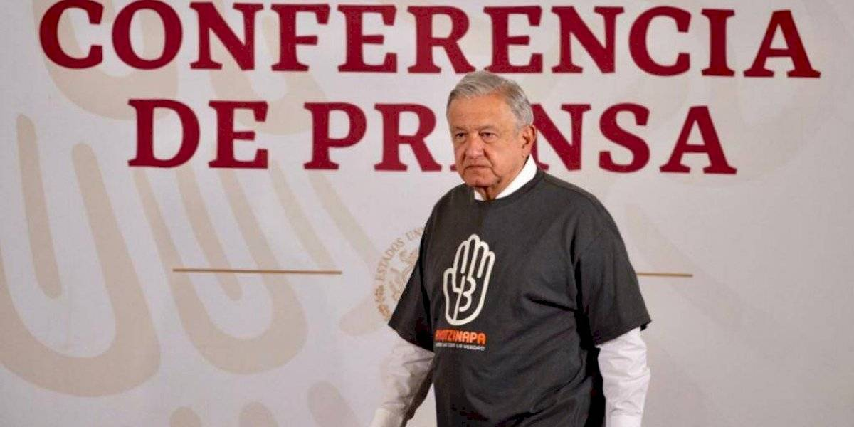 Ofrece AMLO protección a quien informe sobre normalistas de Ayotzinapa