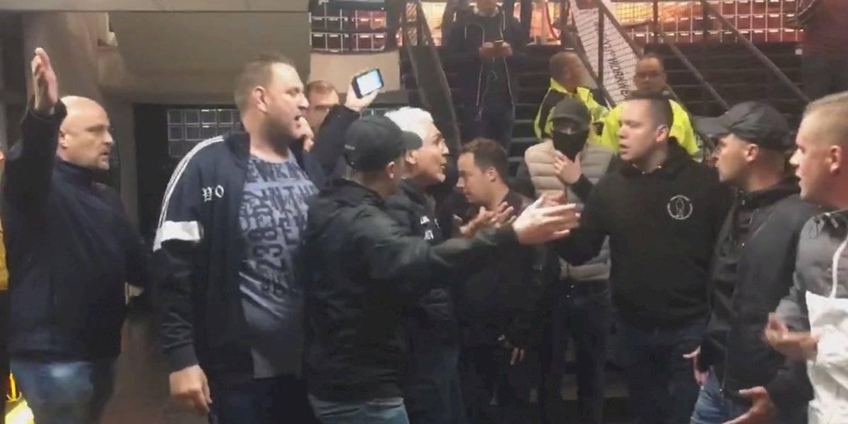 VIDEO: Aficionados en Holanda se manifiestan en contra de accionista mexicano y lo sacan del estadio