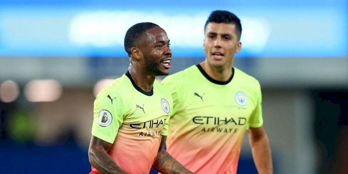 Claudio Bravo vio desde la banca una nueva victoria del Manchester City ante Everton en la Premier
