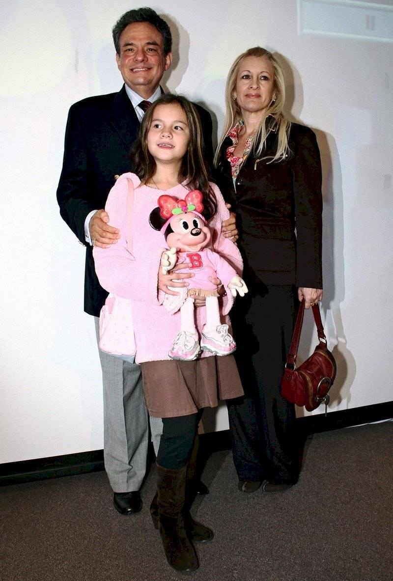 José José, Sara y su hija Sarita