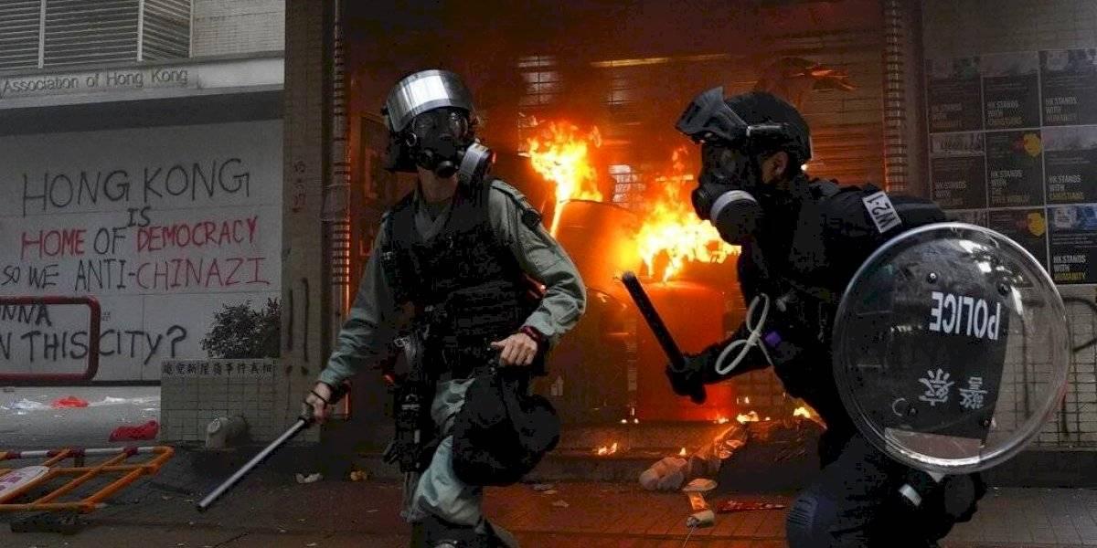 Más violencia se desata en Hong Kong antes del Día Nacional de China
