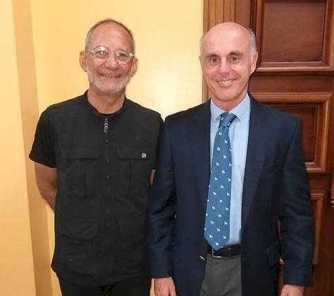 Edmundo Poy, director de EDANCO y Alejandro Abellán García de Diego, Embajador de España.