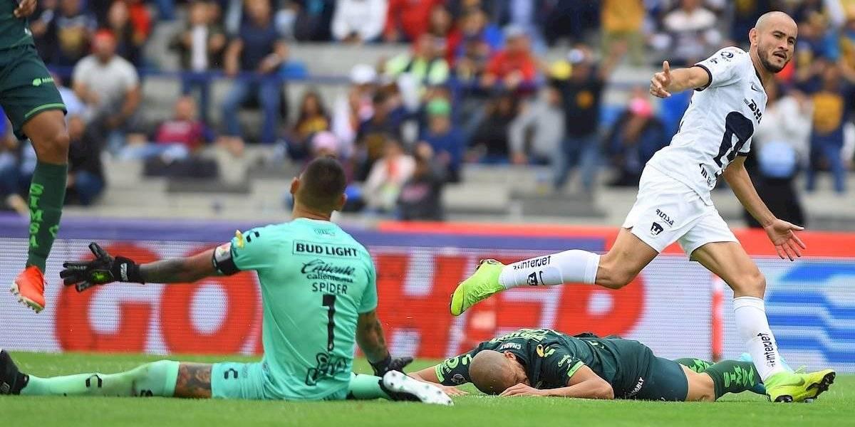 Pumas se mete a puestos de liguilla tras derrotar a Santos