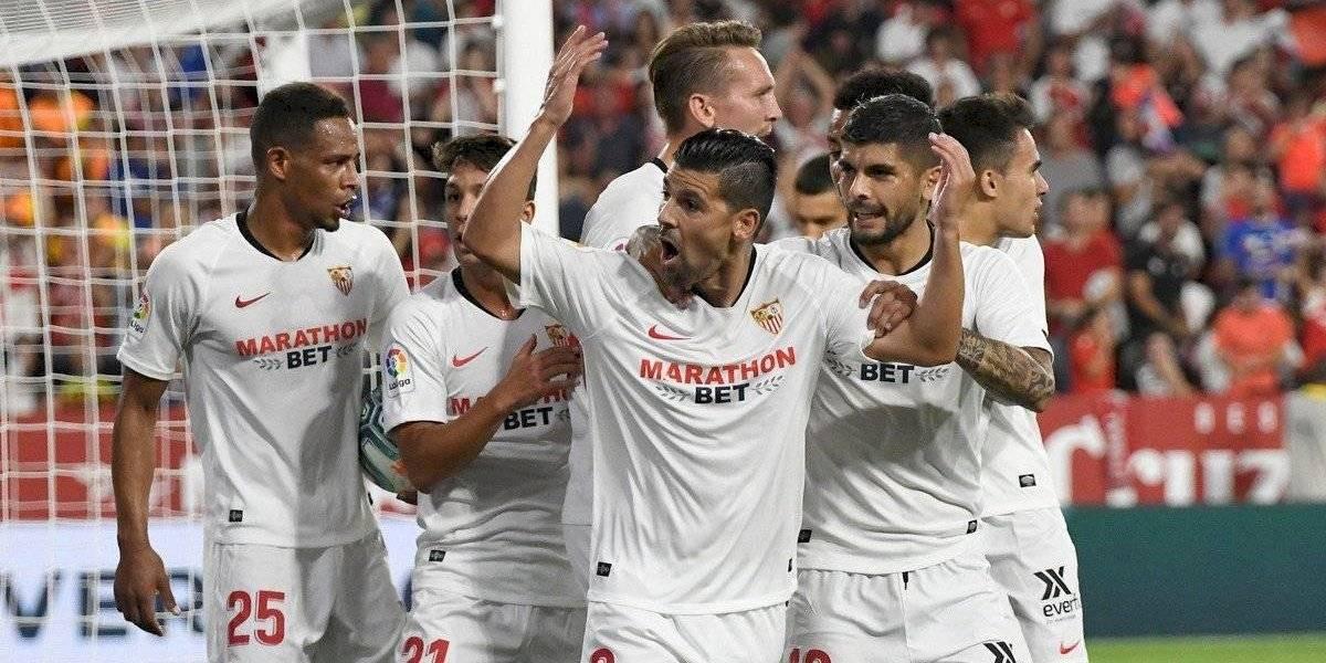 'Chicharito' se quedó en la banca en el triunfo del Sevilla ante la Real Sociedad