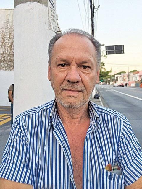 """""""O que eu recomendo para viver melhor nessa idade é evitar o estresse. A dica é ter calma, não ficar nervoso por qualquer coisa. """" Luiz Carlos Muniz, 61, aposentado Metro"""